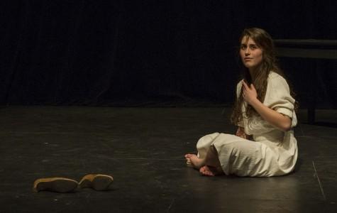 Elyse Ardaiz as Daisy Buchanan