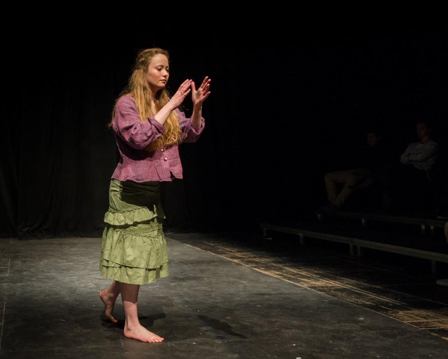 Sarah Malks as Alejandra