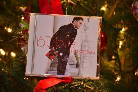 Best Christmas Albums.Top Five Best Christmas Albums Yorktown Sentry