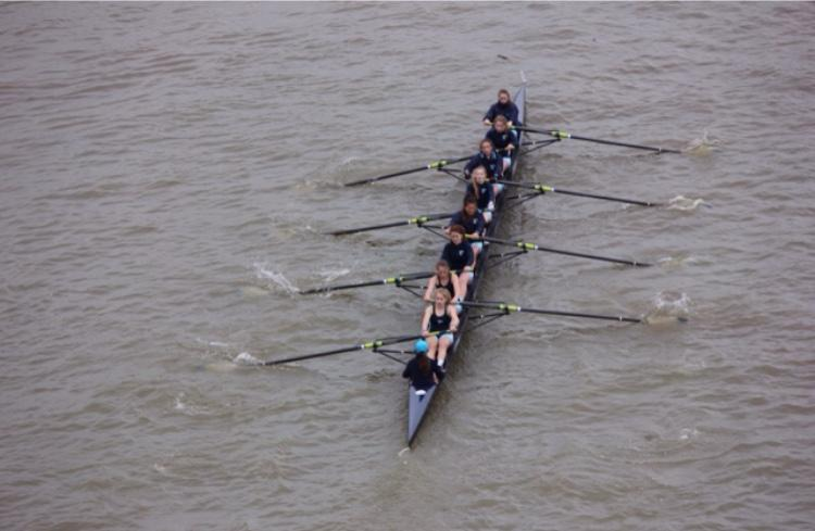 Yorktown Crew rowing on the Potomac River