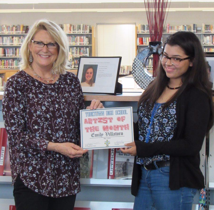 Senior+Emily+Villatoro+receiving+her+award