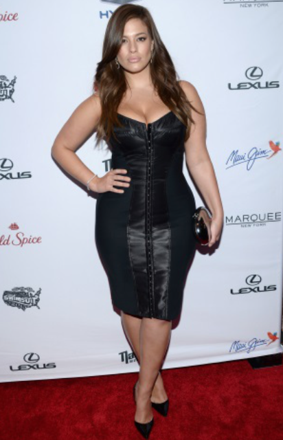 Ashley Graham is showing women that they don't need unrealistic expectations for their bodies