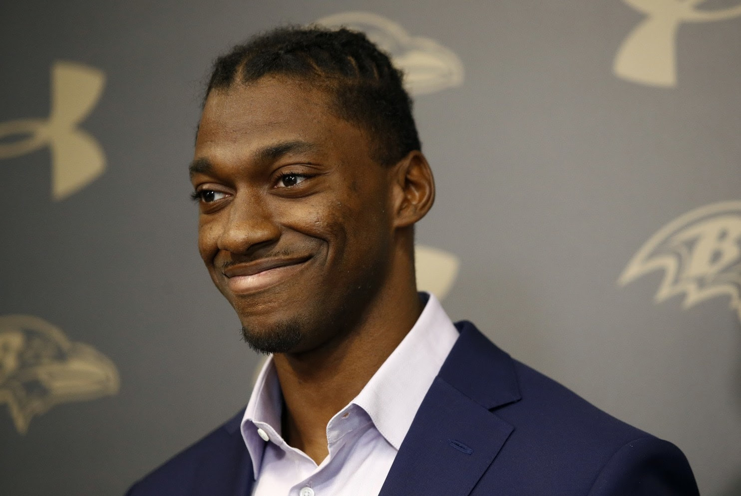 On April 4, 2017, Robert Griffin III announced he had signed a one year contract with the Ravens as a backup QB for an undisclosed amount of money.