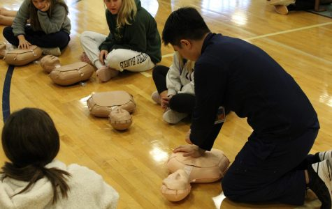 Hands2Heart Teaches Students How to Save Lives
